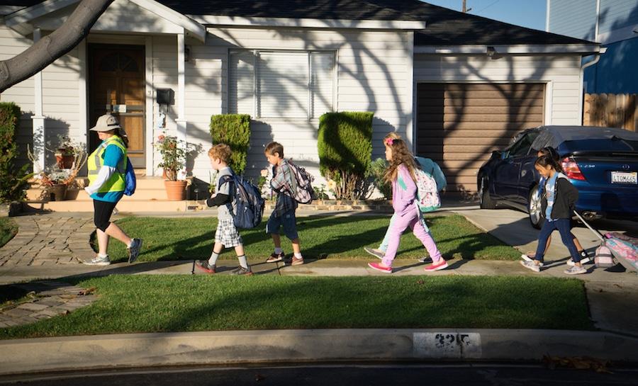 walking-school-bus
